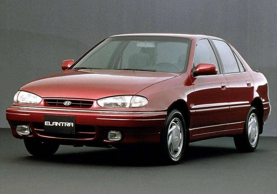 http://carsevolution.net/wp-content/uploads/2017/12/Hyundai-Elantra-1990-featured.jpg