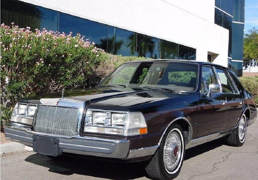 Lincoln Continental 1984