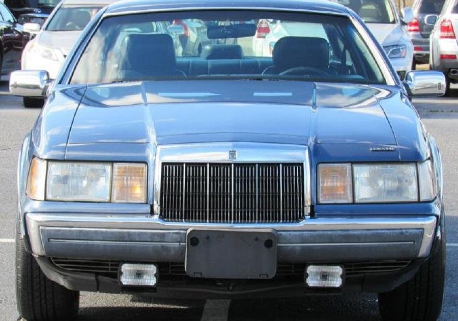 Lincoln Continental 1988