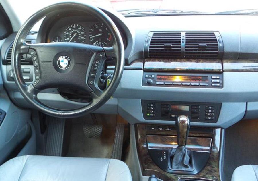 BMW X5 2000 - Cars evolution