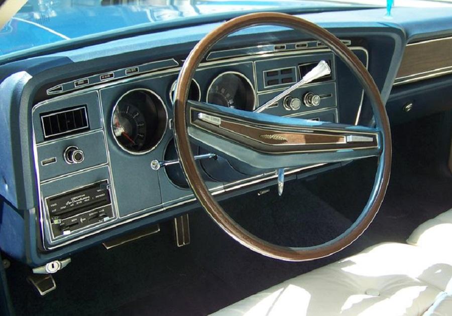 Ford Thunderbird 1974