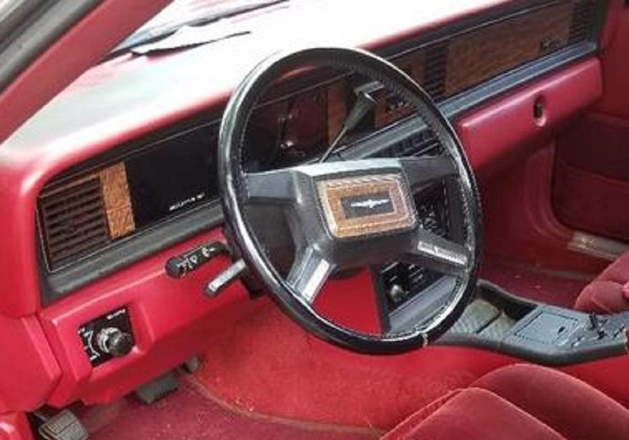 Ford Thunderbird 1983