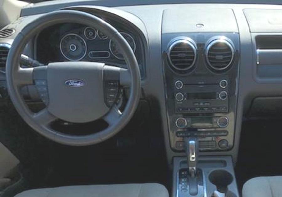 Ford Taurus 2008