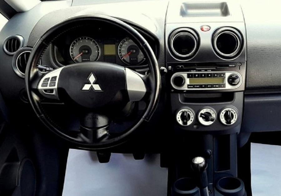 Mitsubishi Colt 2008