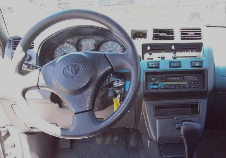 toyota rav4 1998 interior